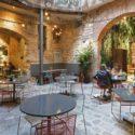 Кой е най-необикновеният ресторант в Барселона? La Bona Sort