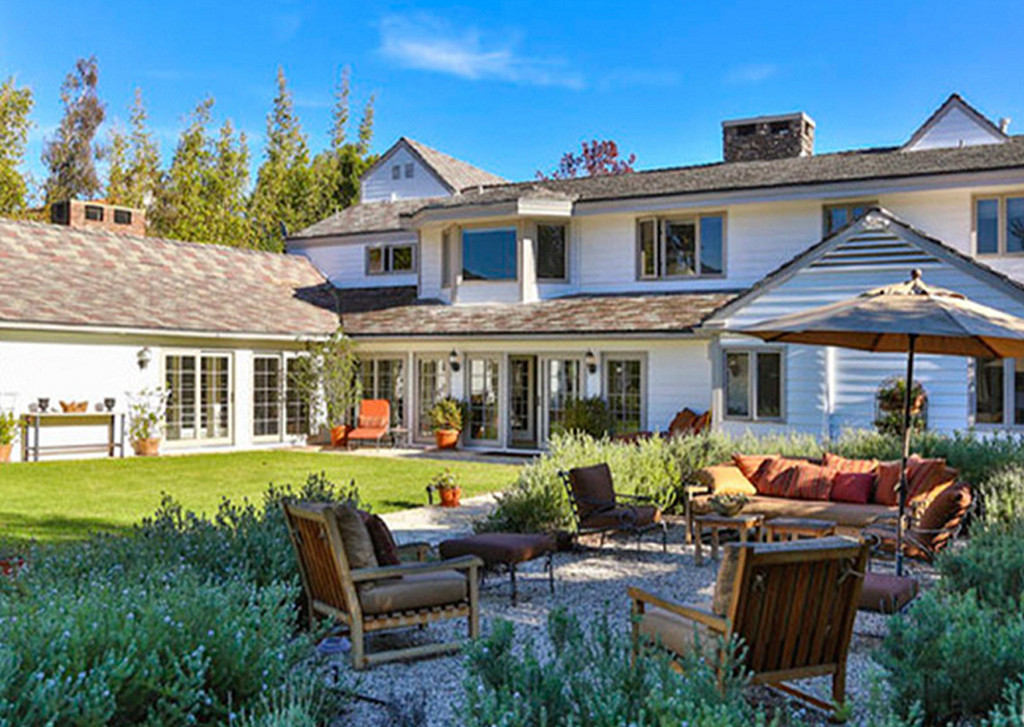 tom-hanks-pacific-palisades-house-020