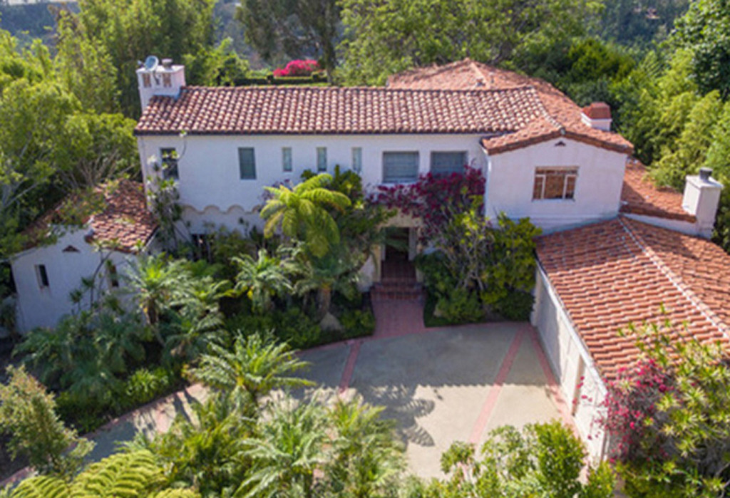 tom-hanks-pacific-palisades-house-021