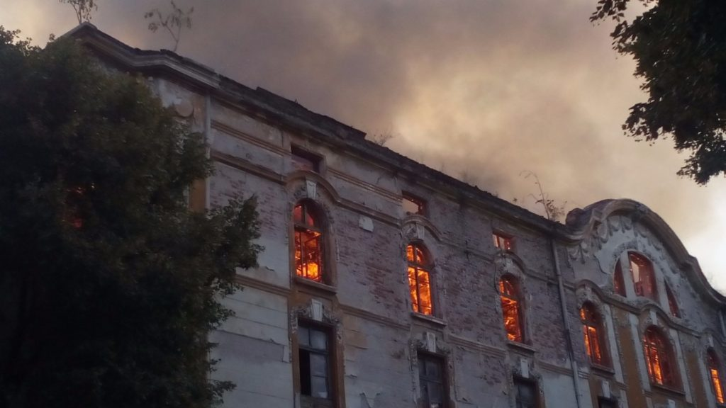 tutunevi-skladove-plovdiv-pojar-bnr-01
