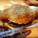 Австралиец патентова комбинация от хотдог и бургер