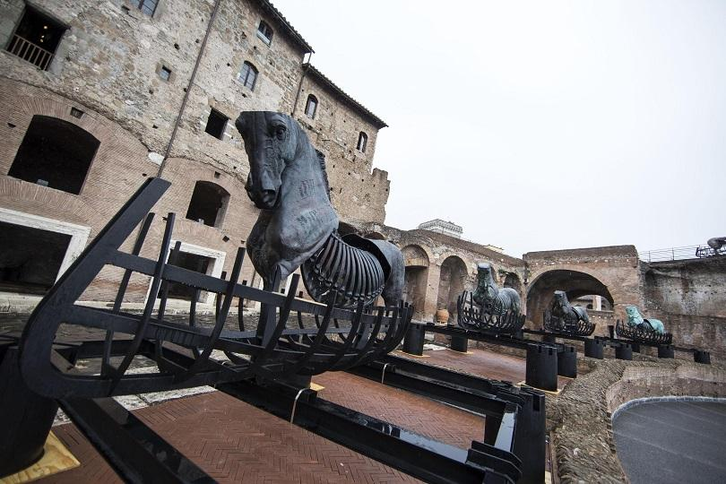 rome-konni-sculptures