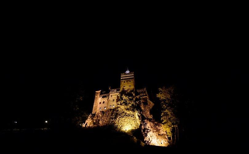 castle-dracula-02