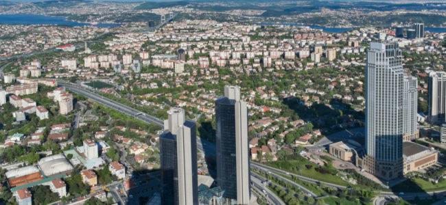 Небостъргачи ще се издигнат в имот на българската общност в Истанбул