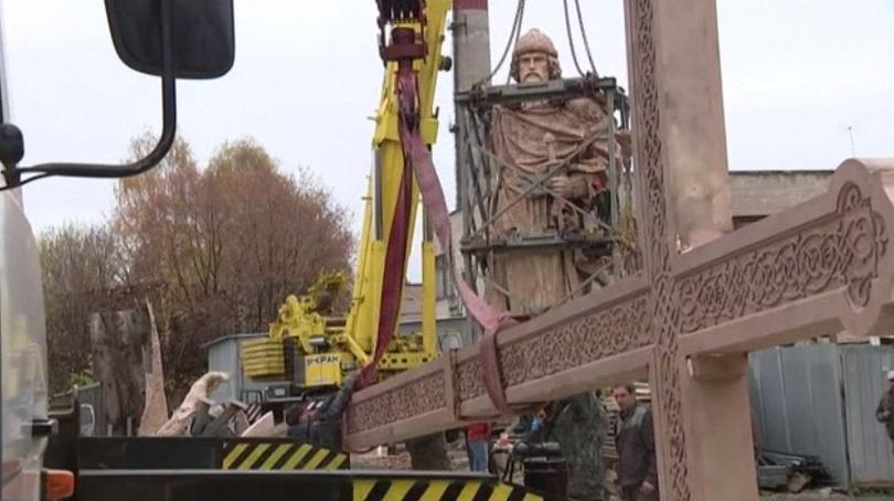 moscow-statue-kniaz-vladimir