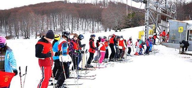 С нощно каране на ски откриват сезона на Витоша днес