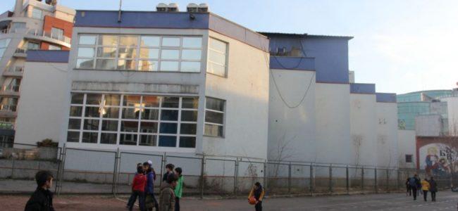 Строеж край двора на училище предизвика протест на родители и учители
