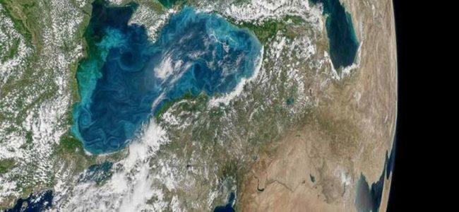 Тюркоазеносините води на Черно море бяха заснети от космоса