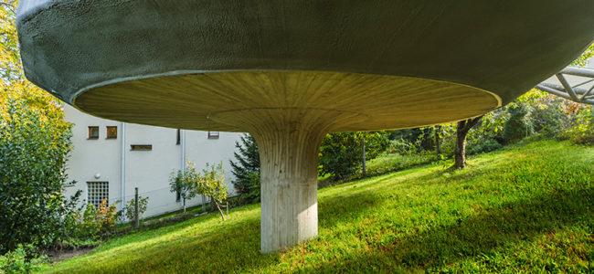 Чешки архитект построи къща на пиедестал