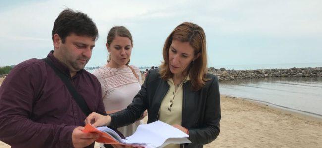 Министърът на туризма се оплака, че палатки и каравани също унищожават дюните