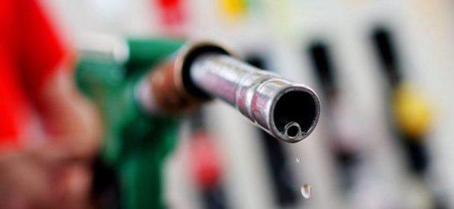 Биокомпонента може да оскъпи горивата, твърди експерт