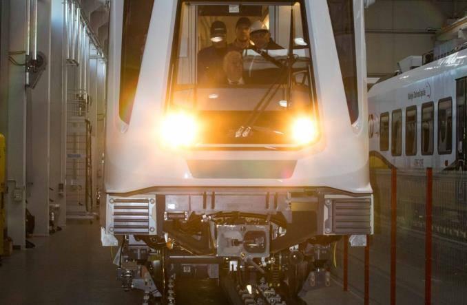 metro-vlakove-siemens-02