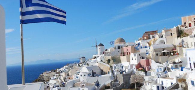 Нов данък може да оскъпи туристическите нощувки в Гърция