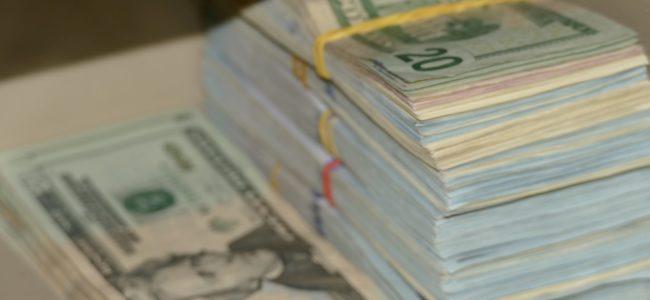 Близо 2,4 млрд. долара са изпратили българските емигранти на близките си у нас