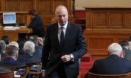 Росен Желязков ще следва управленската програма на правителството