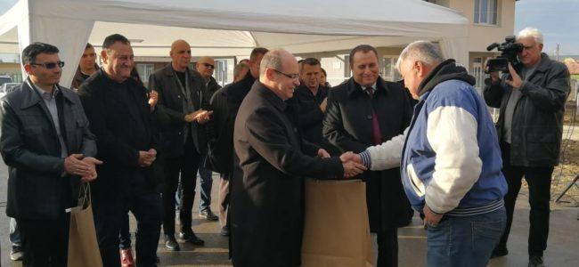 Строители раздадоха първите ключове за нови къщи в Хитрино