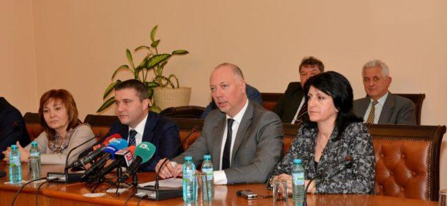 Финансовият министър предлага всички автобусни превозвачи да се регистрират по ДДС