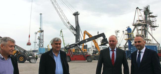 Транспортният министър: Големите ставки в тол системата ще бъдат за тирове над 12 тона
