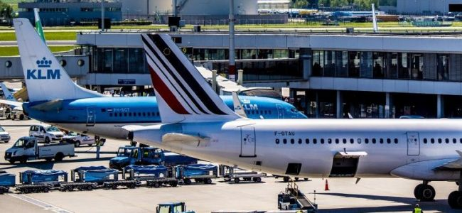 Самолетните билети за Франция поскъпват заради нова екотакса